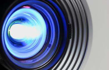 pantallas y proyectores eventos